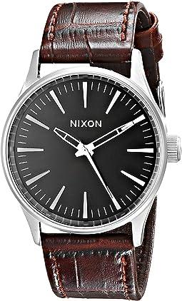 Nixon - Sentry 38 Leather