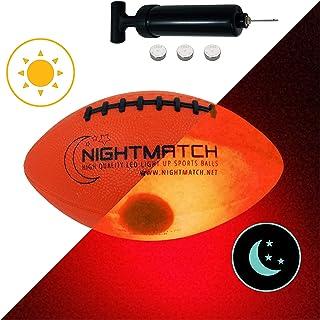 NIGHTMATCH Balón de Fútbol Americano Ilumina Incl. Bomba de balón - LED Interior se Enciende Cuando se rebotado– Brilla en la Oscuridad - Tamaño 3 - Tamaño y Peso Oficial