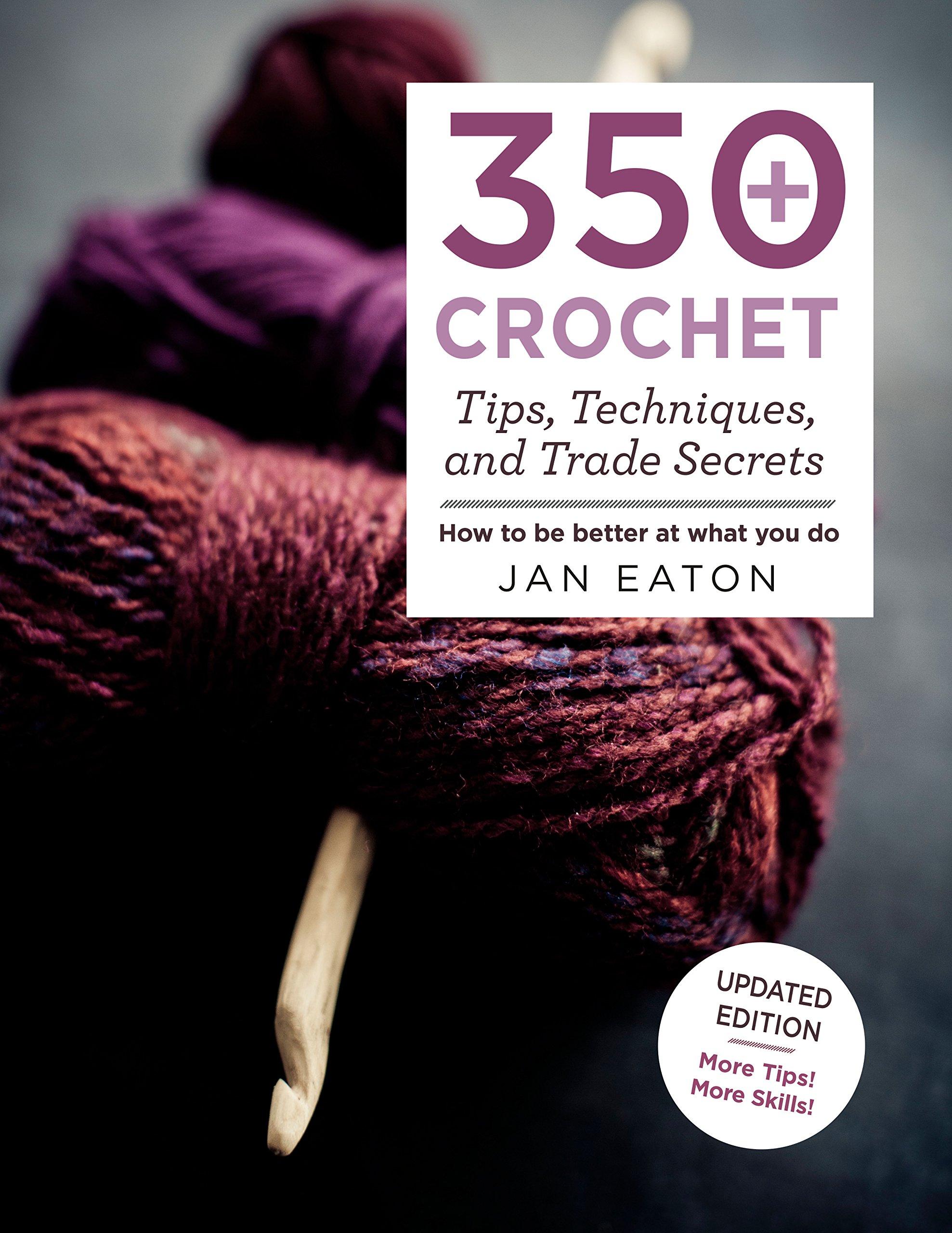 Ravelry: Crochet Kitty Cat Collar Pattern pattern by Carrie Wolf | 2560x1977