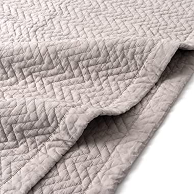 "Best Home Fashion Organic Cotton Chevron Stitched Quilt- Twin Size- Grey- 60"" L X 80"" W"