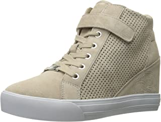 Guess Womens Decia Fashion Sneaker