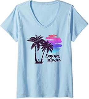 Womens CANCUN Beach Cruise Paradise Family Vacation Souvenir Gift V-Neck T-Shirt