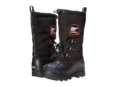 SOREL Glaciertm XT (Black/Red Quartz) Women