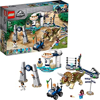LEGO Jurassic World Triceratops Rampage for age 7+ years old 75937