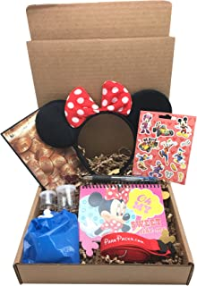 Mickey and Minnie Disney World Vacation Gift Set with Essential Park Accessories