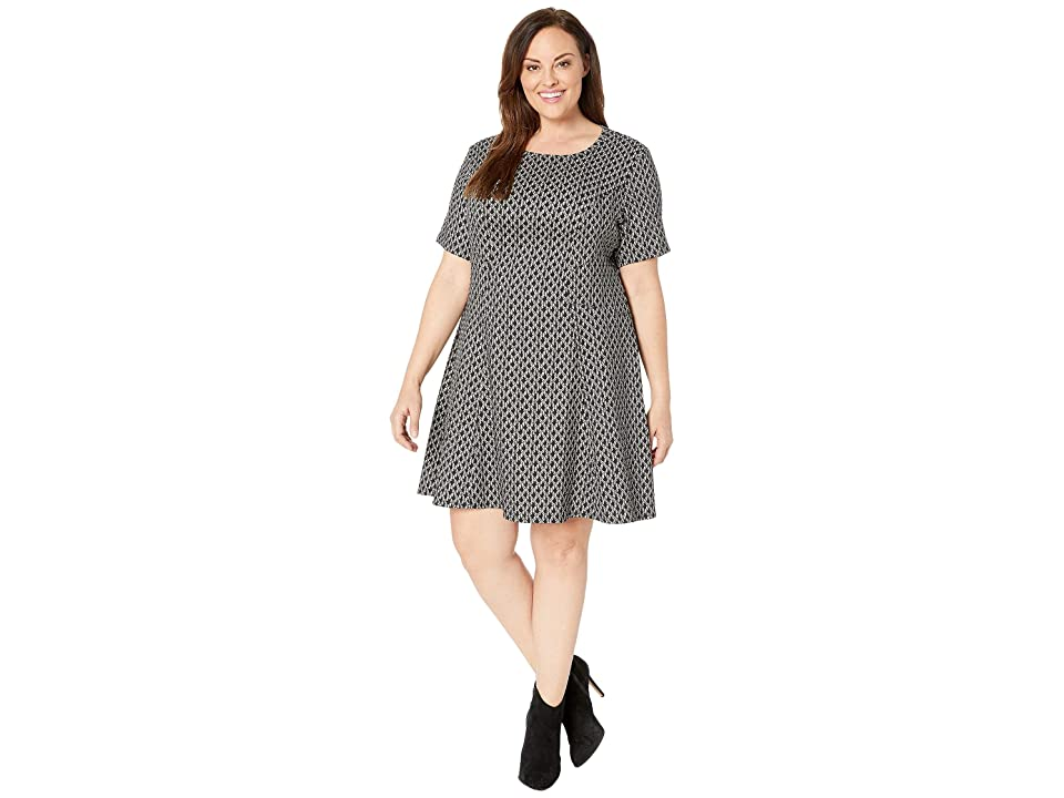 Karen Kane Plus Plus Size Short Sleeve Flare Hem Dress (Black/White) Women