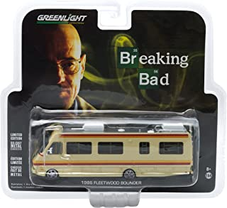 Greenlight Collectibles Breaking Bad 2008-13 TV Series - 1986 Fleetwood Bounder RV Vehicle (1:64 Scale)