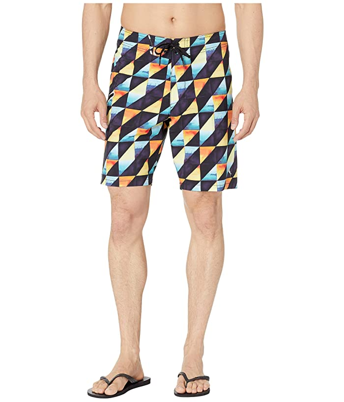 Tommy Bahama North Shore Dusk To Dawn Swim Trunk (Black) Men