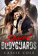 Shared by her Bodyguards: A Reverse Harem Romance (English Edition)