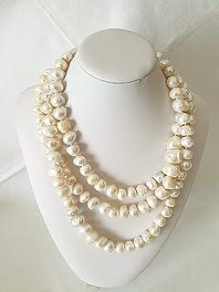 Lunghissima collana in perle di fiume