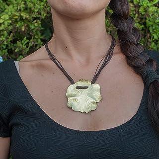 Collar mujer flor en latón y cordón de lino marrón.