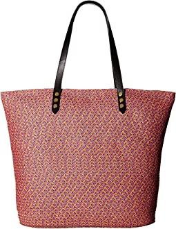 BSB1557 Tote Bag with Pop Color Lining and Interior Zippered Pocket and Metal Snap Closures