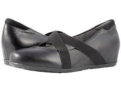 SoftWalk Waverly (Black Soft Leather) Women