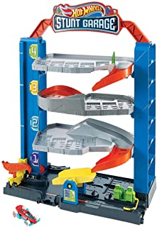 Hot Wheels City Stunt Garage Play Set Gift Idea for Ages 3 to 8 years GNL70, Multicolour