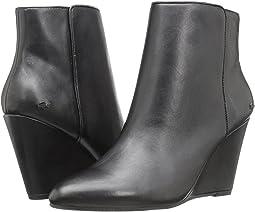 Alaina Boot 316 1