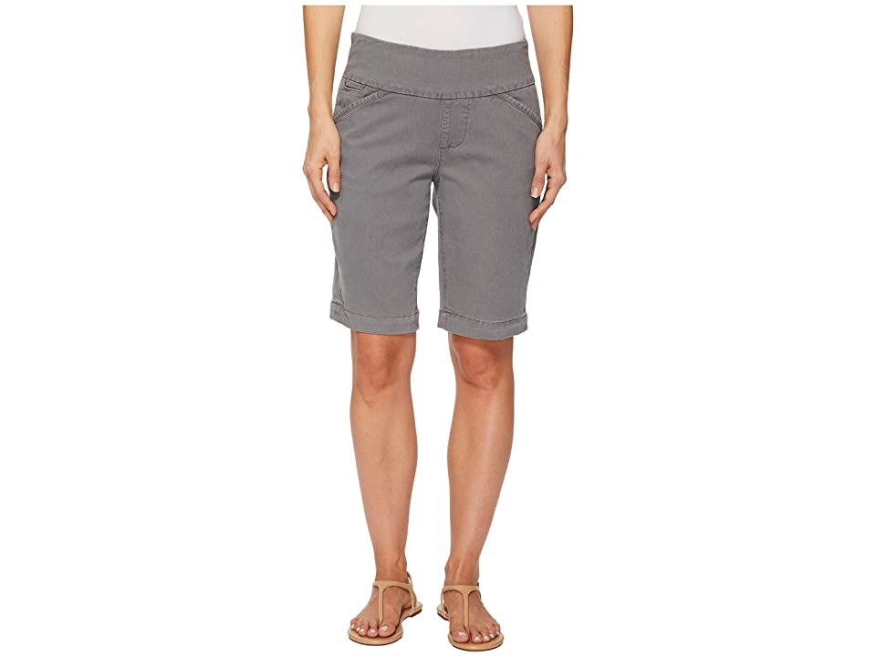 Jag Jeans Ainsley Bermuda Classic Fit Bay Twill (Grey Streak) Women's Shorts, Gray