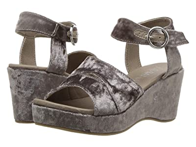 Amiana 15-A5559 (Little Kid/Big Kid/Adult) (Taupe Crushed Velvet) Girl