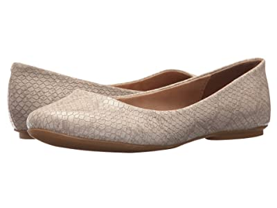 Kenneth Cole Reaction Slip On By (Almond Snake) Women