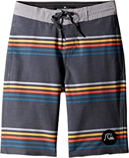 "Secret Ingredient 18"" Beachshorts (Big Kids)"