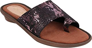Catwalk Women's Textured Toe Ring Slip Ons