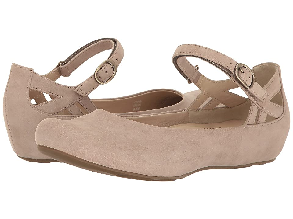 Earth Capri Earthies (Taupe Soft Buck) Women