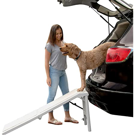 Pet Gear supertraX Free Standing Ramp for Cats and Dogs, No Assembly Required, Folds for Storage, for Pets up to 200lbs