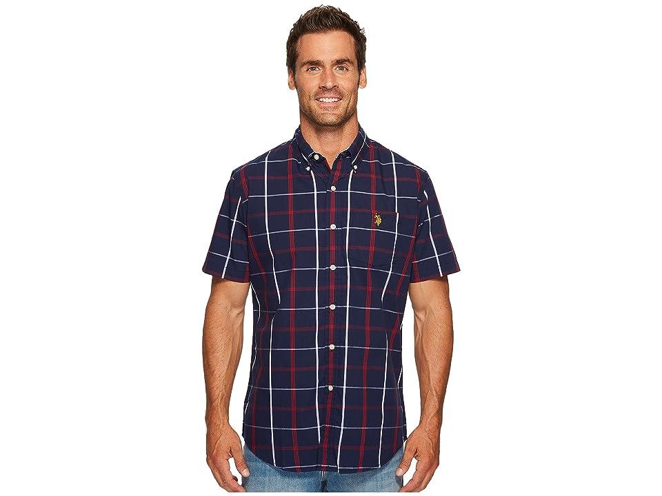 U.S. POLO ASSN. Classic Fit Short Sleeve Sport Shirt (Classic Navy) Men