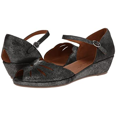 Gentle Souls by Kenneth Cole Lily Moon (Graphite Metallic Suede) Women