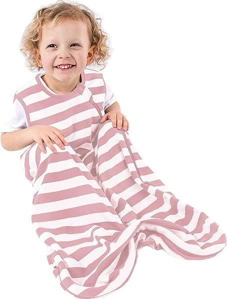 草莓蛋糕,吃了一包婴儿的衣服,比如,或者婴儿的小零食,比如冰霜