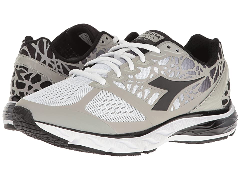 Diadora Mythos Blushield Hip (Optical White/Black) Women