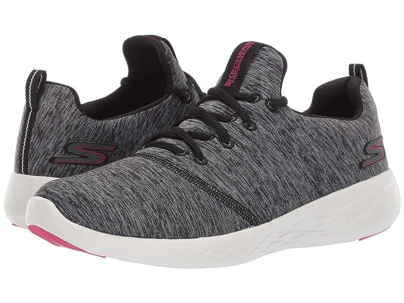 領事館ご飯クリアレディーススニーカー?ウォーキングシューズ?靴 Go Run 600-15092 Black/White 7.5 (24.5cm) B - Medium [並行輸入品]