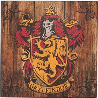 Open Road Brands Harry Potter Gryffindor Crest - Vintage Retro Wood Wall Art - Great for Man Caves, Wall Art, Home Decor and Much More