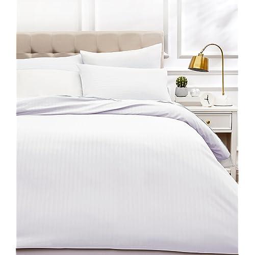 AmazonBasics - Juego de ropa de cama con funda nórdica de microfibra y 2 fundas de