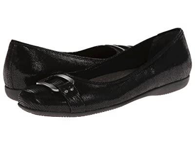 Trotters Sizzle (Black Patent Suede Lizard Leather) Women