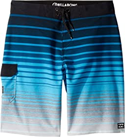 All Day Stripe Pro Boardshorts (Big Kids)