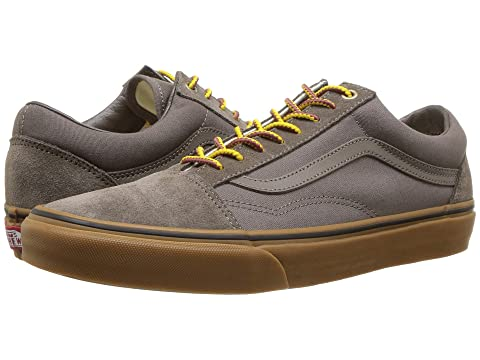 33e309ddbe3c Vans Old Skool™ at 6pm