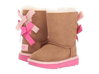 f7529b5f254 Ugg Kids, shearling boots and slippers, sheepskin