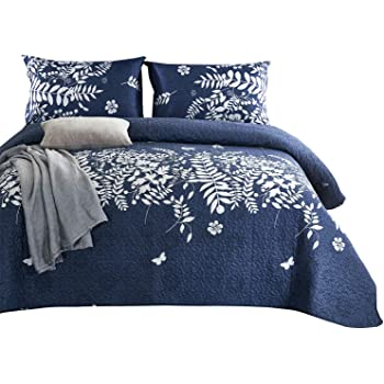 Birds Floral Flowers Leaves Pattern Printed on Grey Dark Gray Quilt Set Wake In Cloud Soft Microfiber Bedspread Coverlet Bedding 3pcs, Queen Size