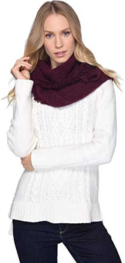 Side Fringe Knit Scarf