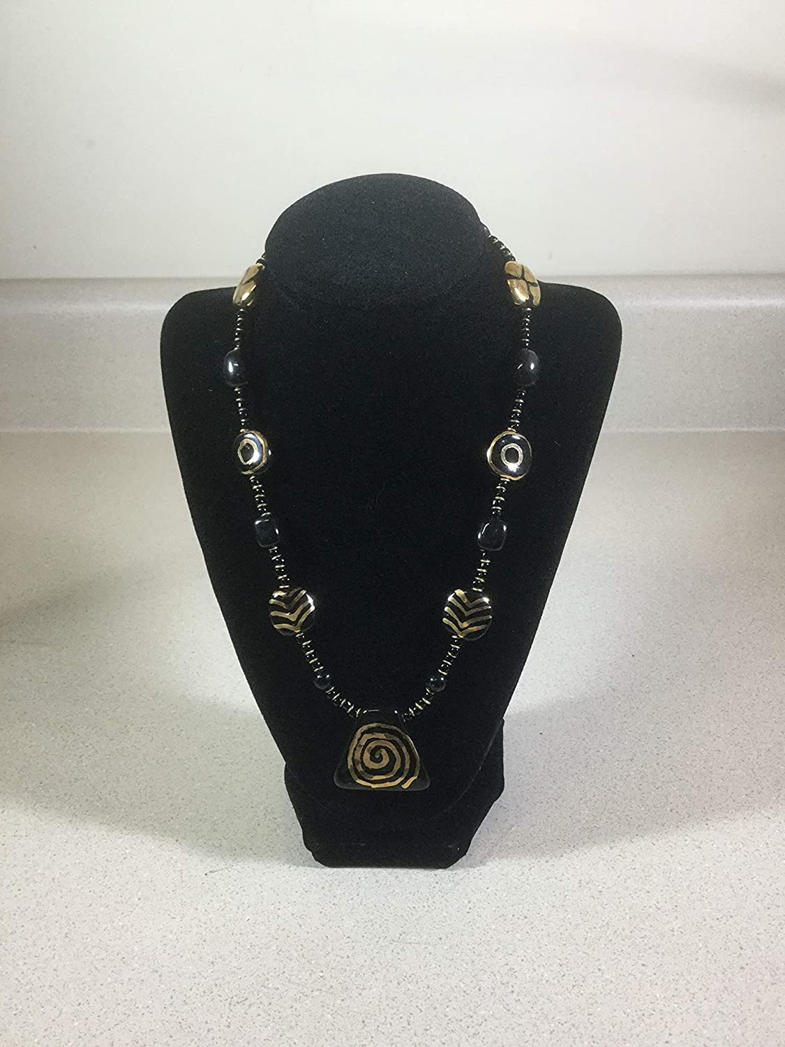 Kazuri Translated Black and Max 81% OFF Necklace Gold