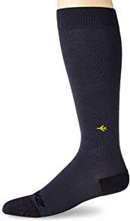 2XU Ultra Light Flight Compression Socks