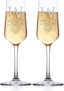 Set of 2 Personalized Wedding Champagne Flute Glasses Customized Wedding Champagne Glasses for Bride and Groom Name Wedding Date Last Name Initial Celebration Champaign Flute Set C2