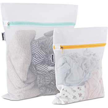 Mamlyn Mesh Laundry Bag for Delicates, Wash Bags for Underwear and Lingerie, Makeup Organizer Bag (1 Medium, 1 Small)
