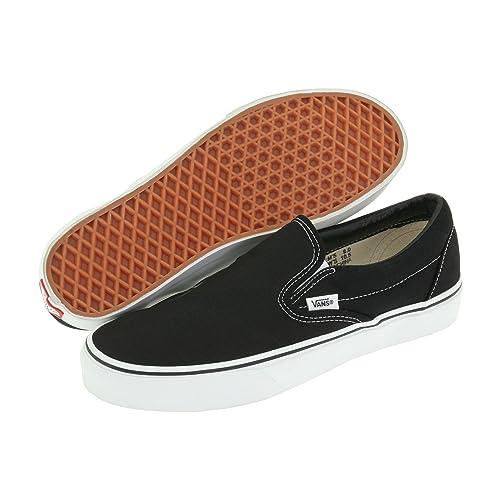 Vans Unisex Classic (Checkerboard)  Slip-On Skate Shoe