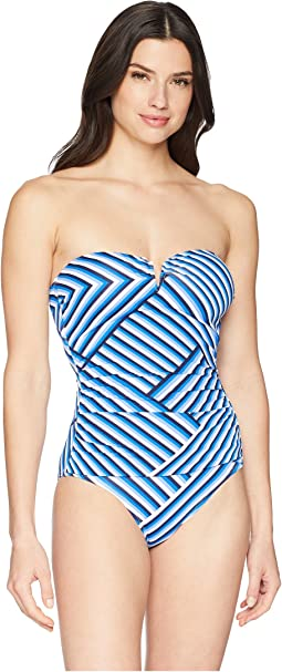 Full Fronds V Wire One-Piece
