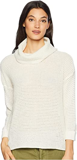 Catchin' Feels Waffle Stitch Turtleneck