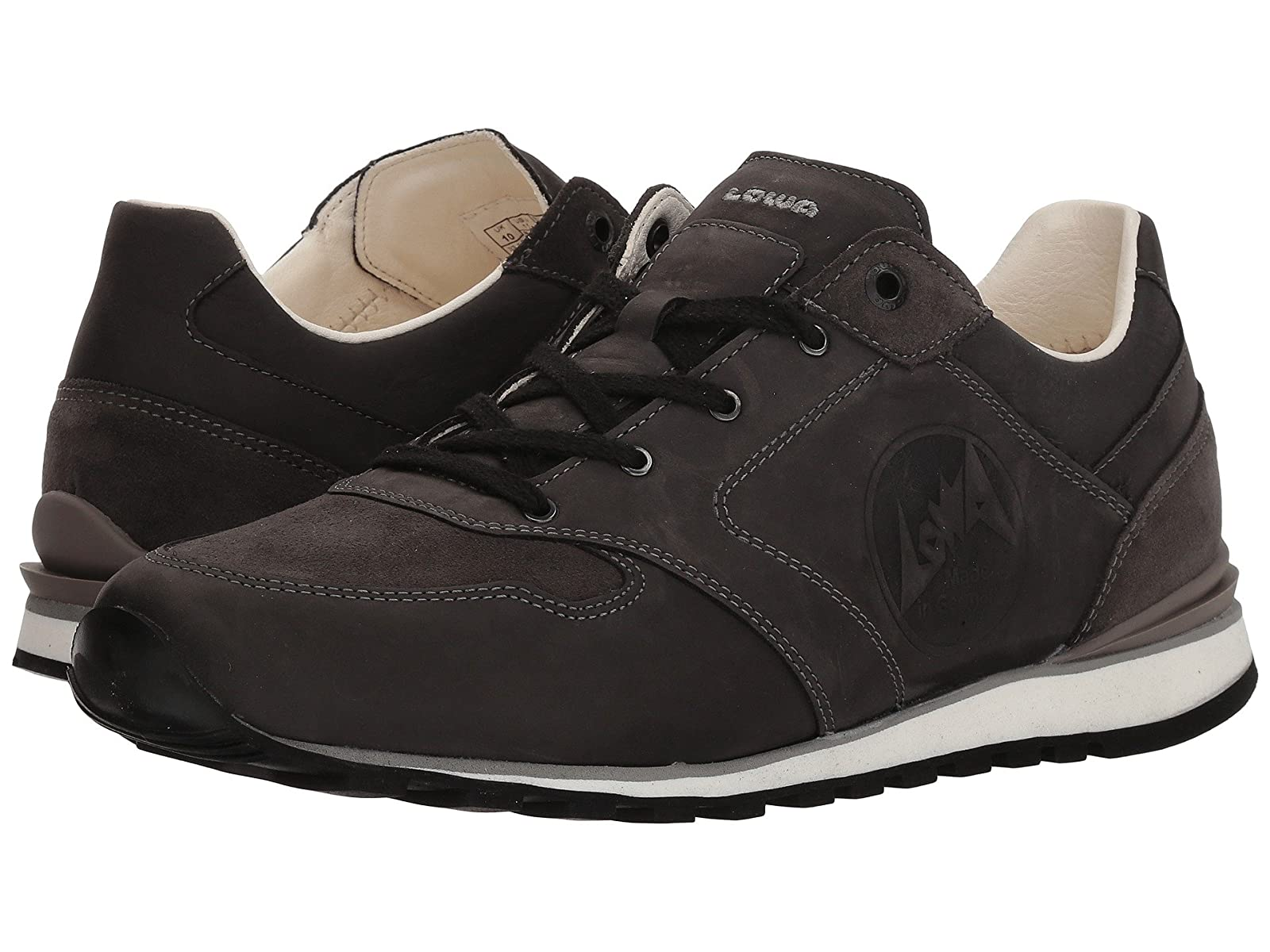Lowa LenggreisAtmospheric grades have affordable shoes