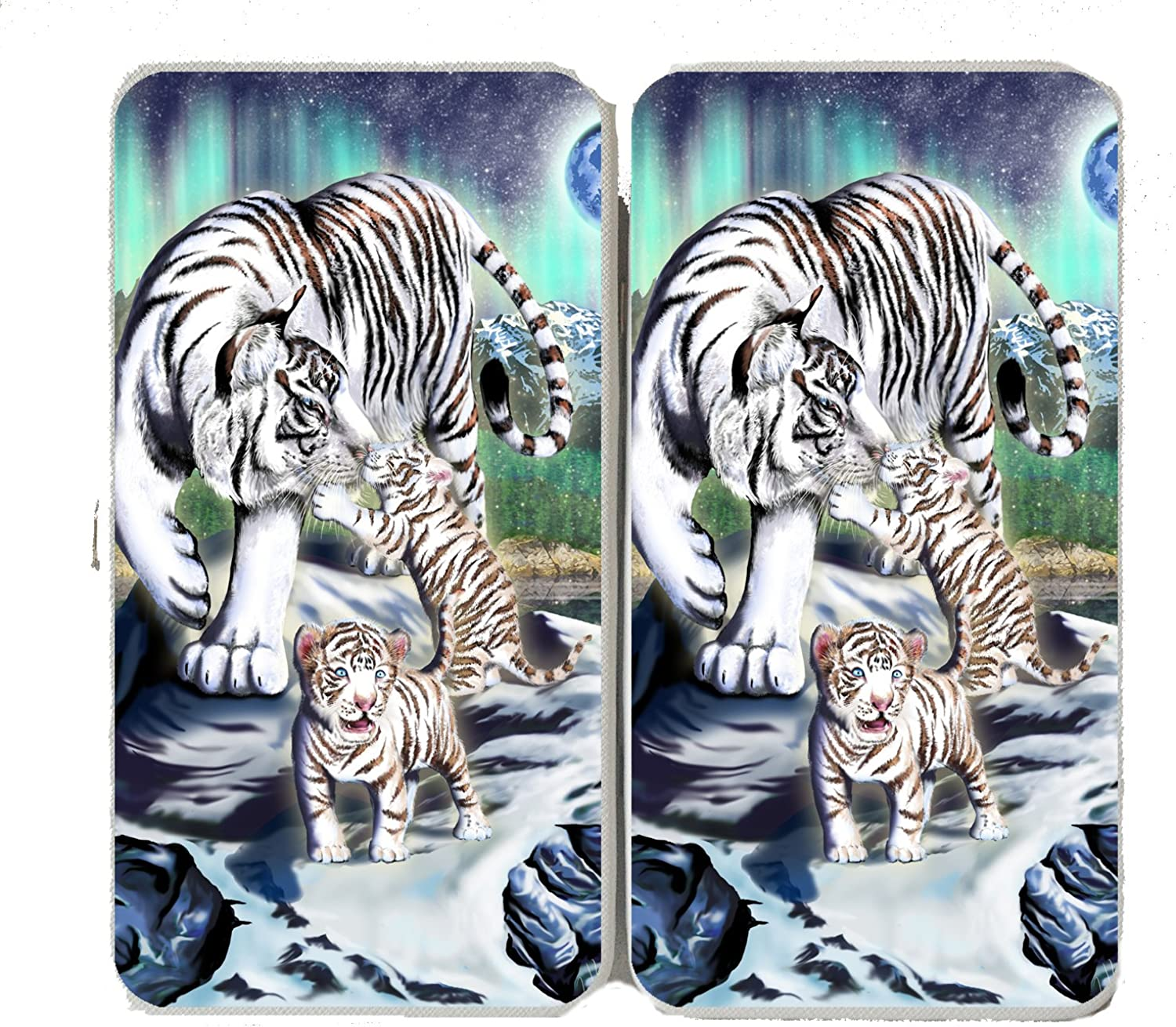 Big Cat White Tiger w  Cubs in Mountains  Taiga Hinge Wallet Clutch