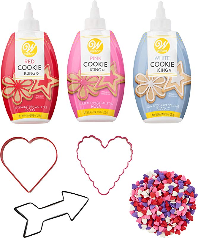 Wilton Valentine S Day Cookie Cutter And Decorating Set 7 Piece