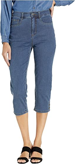 Lightweight Suzanne Capris in Denim